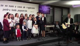 Ajunul Craciunlui 2017: Familia Suldac - Colind